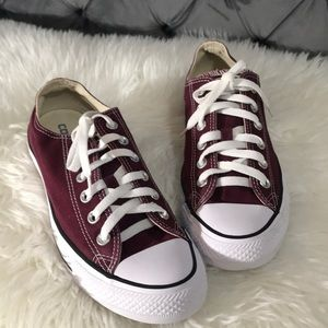 Convers All Star Burgundy color